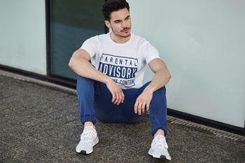 Stylizacja nr 441- T-shirt z nadrukiem, spodnie chinosy