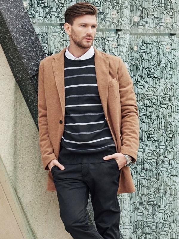 Stylizacja nr 344 - płaszcz zimowy, sweter, elegancka koszula, spodnie chinosy