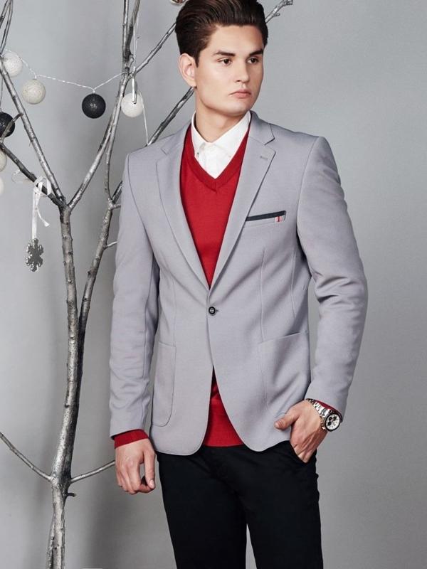 Stylizacja nr 373 - elegancka marynarka, sweter w serek, koszula, spodnie chinosy