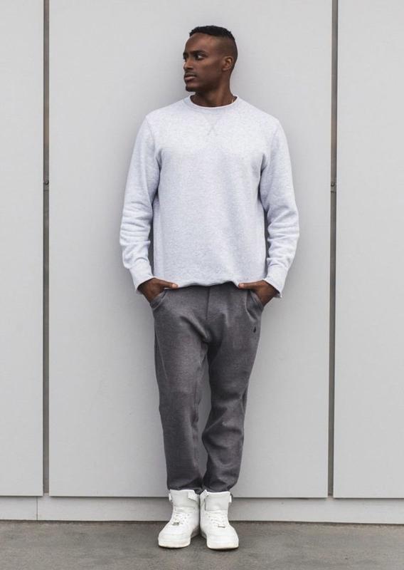 Stylizacja nr 5 - bluza,. spodnie joggery