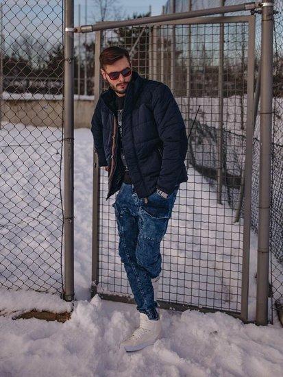 Stylizacja nr 123 - kurtka zimowa, longsleeve z nadrukiem, spodnie jeansowe, buty