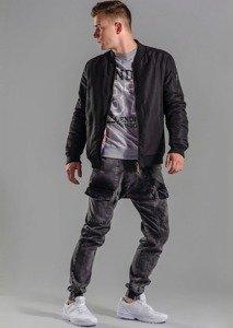 Stylizacja nr 52 - kurtka, bluza z nadrukiem, spodnie joggery, buty